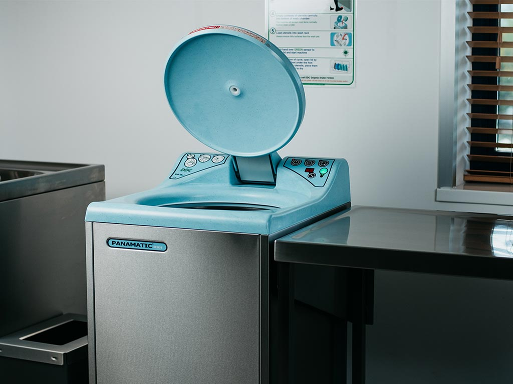 DDC Dolphin Panamatic Midi Bedpan Washer Disinfector Lid Open