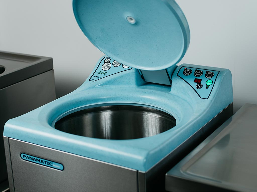 DDC Dolphin Panamatic Mini Bedpan Washer Disinfector Lid Open