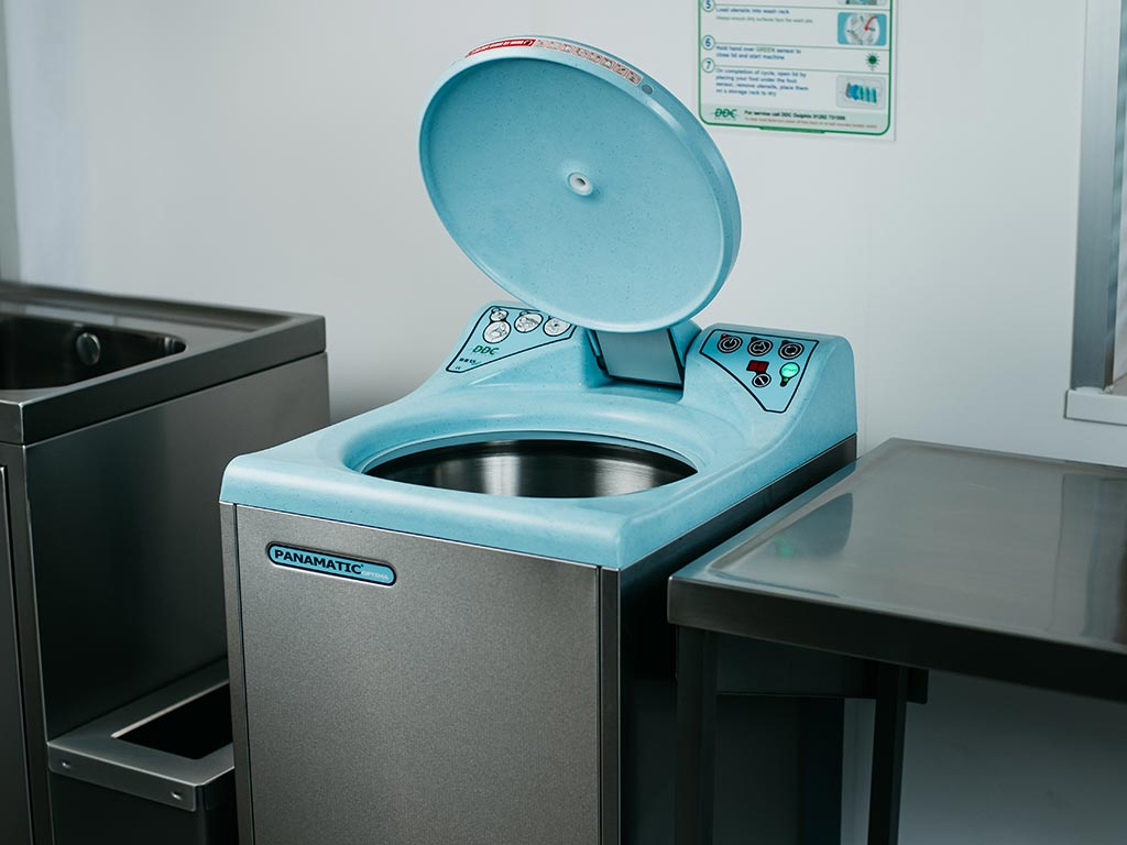 DDC Dolphin Panamatic Optima 2 Bedpan Washer Disinfector Lid Open