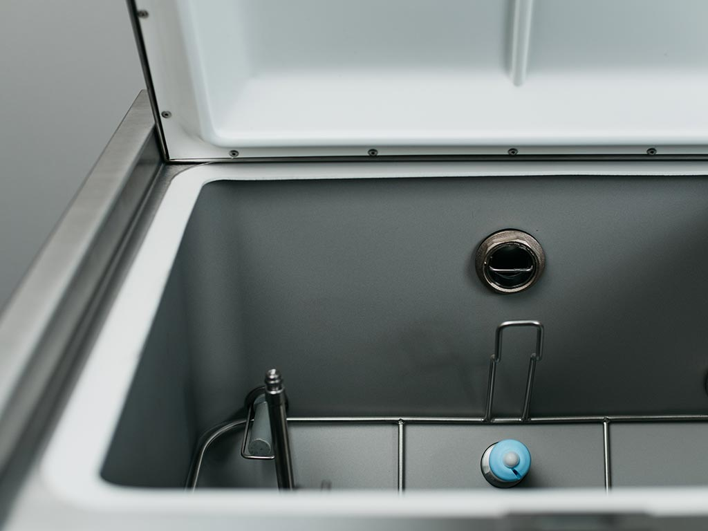 DDC Dolphin Panamatic Optima 3 Bedpan Washer Disinfector Inside
